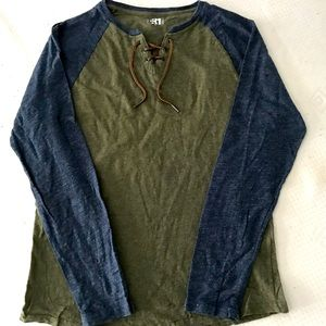 3 for $20 Simons stylish long sleeves shirt